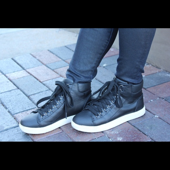 Steve Madden Shoes - Steve Madden High Tops Black Size 8